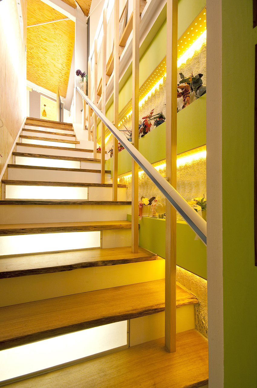 階段も素敵なスペースに